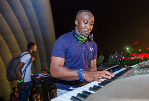 DJ Vyrusky unites Stonebwoy and Shatta Wale fans at 2019